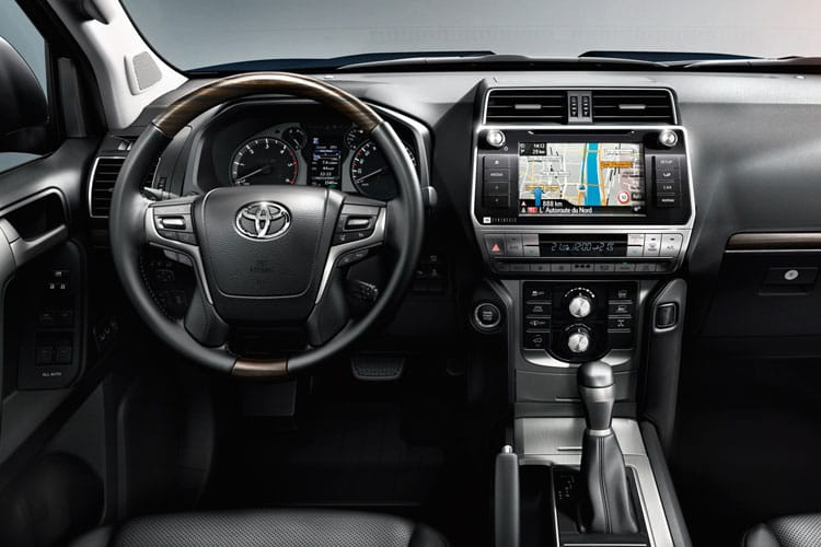 Toyota LandCruiser LCV SWB 4wd 2.8 D 4WD 177PS Active Van Auto [2Seat Navi] inside view